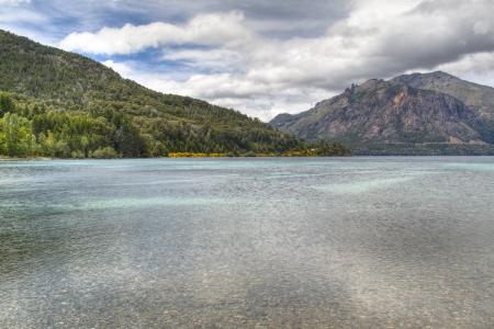 View over Lago Gutierrez near Bariloche, Argentina Imagens