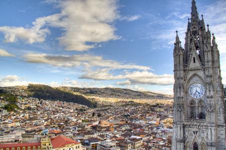 キト, エクアドルの都市上の眺め 写真素材