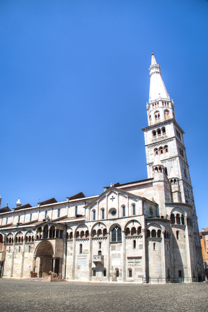 buit in: The Roman Catholic cathedral in Modena, Italy which was buit in 1184 Stock Photo