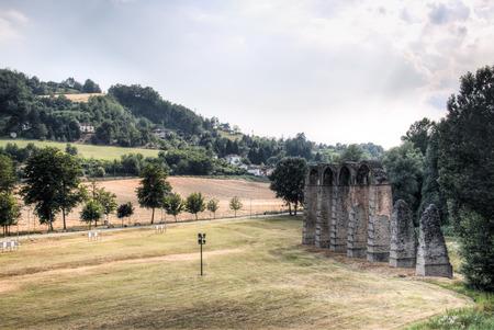 aqueduct: Roman aqueduct in Acqui Terme in Piedmont, Italy