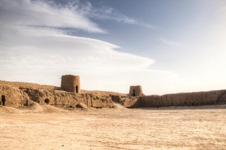 Een van de typische klei-forten of ook wel zandkastelen genoemd in het gebied van Kashan in het centrum van Iran