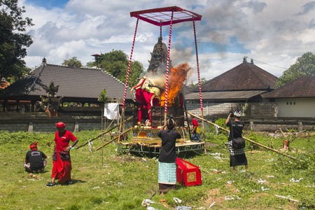 UBUD, BALI - JANUARY 2018: A funeral and cremation ceremony in a little  village near Ubud on Bali island in Indonesia