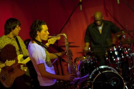 """Lviv, Ukraine - 5 décembre: Jazz band """"Michael Balog Sextet"""" effectue au XI international """"Bez Jazz"""" Festival le 5 Décembre 2011 à Lviv, Ukraine"""