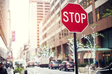Pare la muestra y una muestra de la manera en la Ciudad de Nueva York