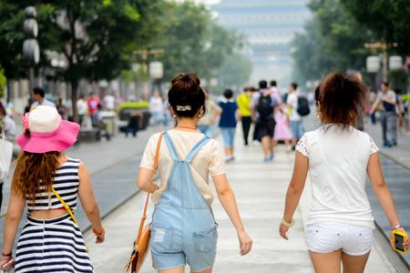 beauties: Qianmen tour three beauties