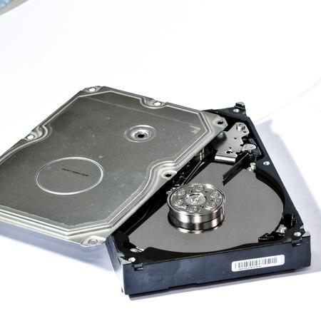 Eine mechanische Festplatte Abbau Editorial