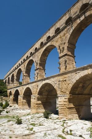 The Roman Aquaduct Pont du Gard in France near Nimes Banco de Imagens
