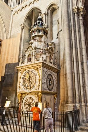 basillica: An Astronomical Clock in St  John