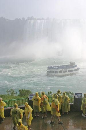 rainwear: niagara falls 3