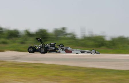 drag racing panning image