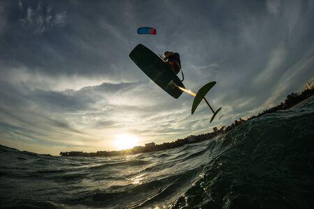Paseos de surf Hydrofoilkite