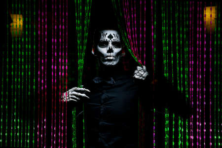 Santa Muerte Standard-Bild - 156162262