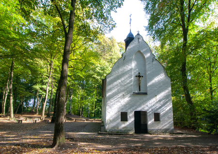 Church in the Forest, small Chapel in Viersen, District Süchteln, Germany Banco de Imagens