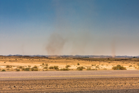 Whirlwinds in a desert valley, Riyadh Province, Saudi Arabia Imagens