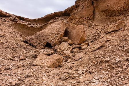 Typical limestone denudation in the desert area near Riyadh, Saudi Arabia 版權商用圖片
