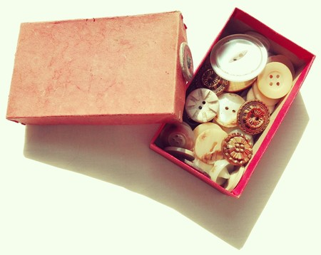 tailored: Original Vintage Dressmaker Tailor Buttons inside the Box