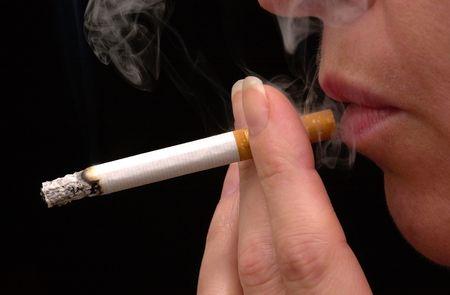 smoking lady Stock Photo - 6192438