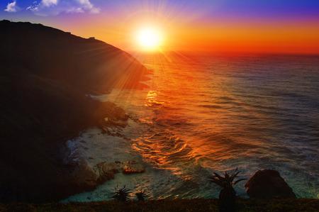 sunrise at sea Banque d'images