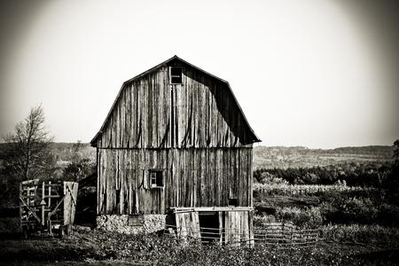 Decaying barn Stok Fotoğraf