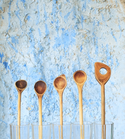 free vintage background: vintage wooden spoons, kitchen utensils, free copy space