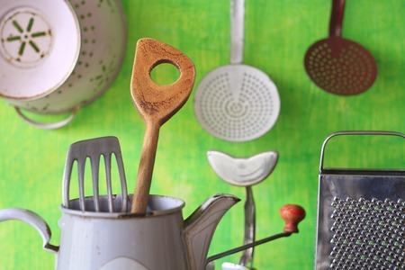 verschillende vintage keukengerei Stockfoto