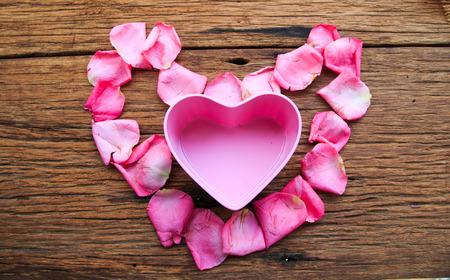 pink rose petals: Pink heart in heart of pink rose petals