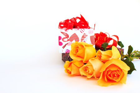 orange roses: Red and orange roses flowers with gift box  on white background