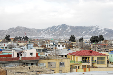 Kabul Afghanistan in the winter with mountains in the background 免版税图像 - 97530726