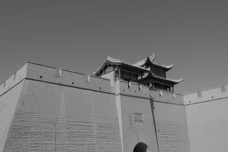 jiayuguan pass tower: Jiayuguan city wall
