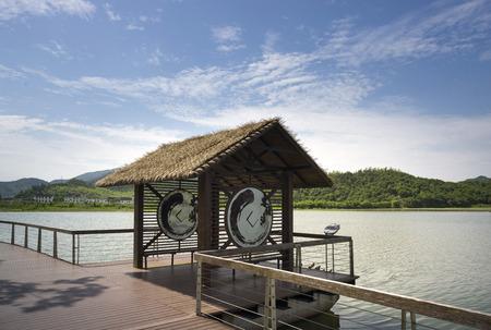lakeside: Lakeside architecture