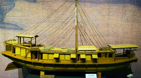 song dynasty: The Song Dynasty wooden boat