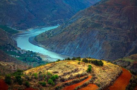 cu: Jinsha River Grand Canyon