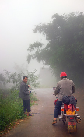 motociclista: motorcyclist