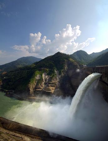 Ertan dam scenery