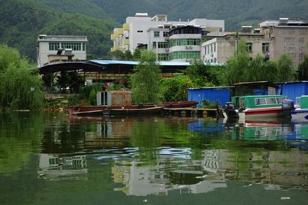 river county: Riverside yacht