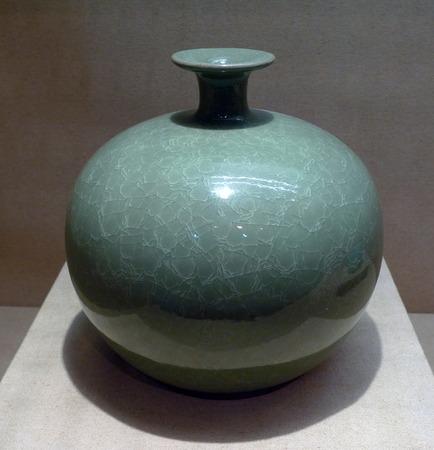 porcelain: Porcelain vase
