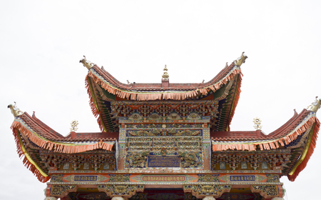 storey: The nine storey Buddha gate