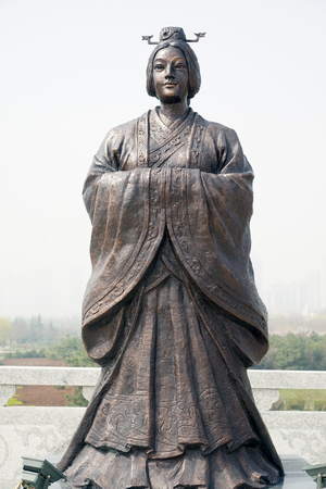 The statue of the Queen Dowager Xuan