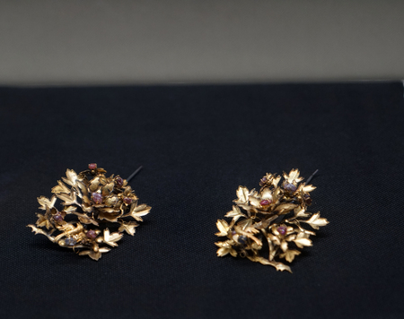 Gold accessories in the Ming Dynasty