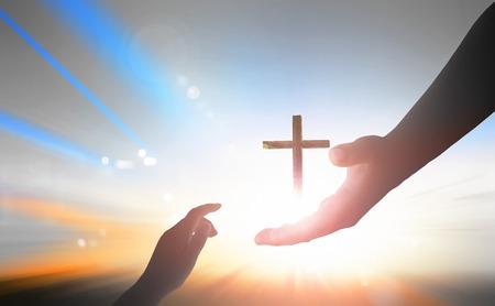 Día Mundial del Recuerdo: la mano amiga de Dios Foto de archivo