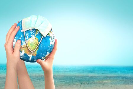 World Oceans Day concept: Abstract blurred background of ocean beach 免版税图像