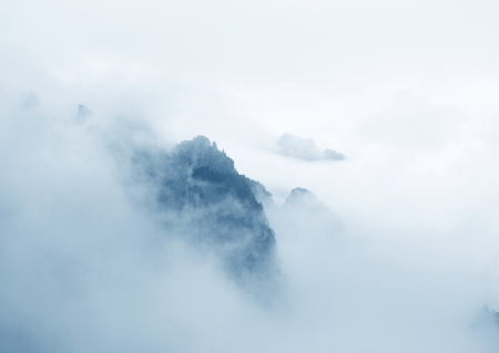 misty: China Huangshan