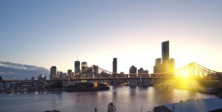 Brisbane Stadt, Nacht Standard-Bild