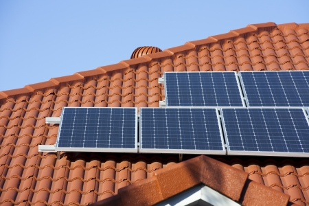 Sonnenkollektoren Standard-Bild