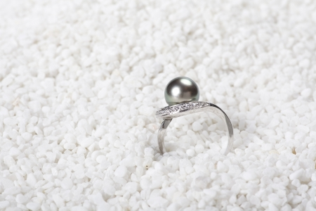 Pearl Ring Stock Photo - 17015716