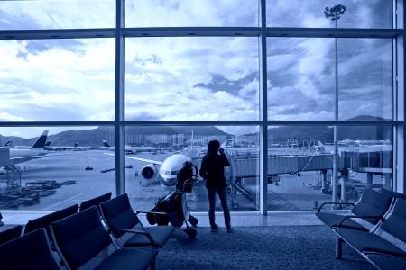 Hong Kong International Airport, wartet Flugzeuge Reisende