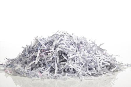 Nahaufnahme von geschredderten Papier für den Hintergrund. Standard-Bild