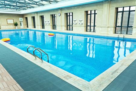 Zwembad Binnen Stockfoto