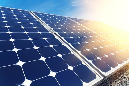 paneles solares: Los paneles solares de trabajo alineado