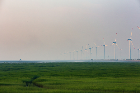 Jiangsu coastal wind-power cluster Archivio Fotografico - 104653137